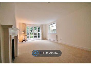 Thumbnail 3 bed flat to rent in Wandsworth Bridge Road, London