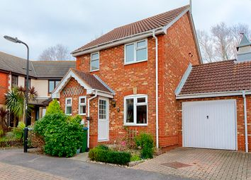 Thumbnail 3 bed detached house for sale in Dundonald Close, Southampton