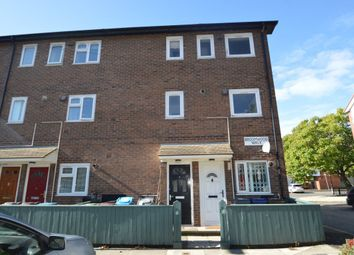Thumbnail 2 bedroom flat to rent in Broomwood Walk, Manchester