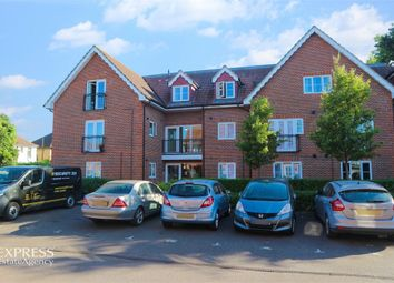 Thumbnail 3 bed flat for sale in Hawthorn Road, Bognor Regis, West Sussex