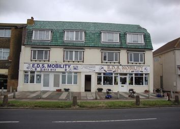 Thumbnail 2 bed flat to rent in Holland Road, Holland On Sea