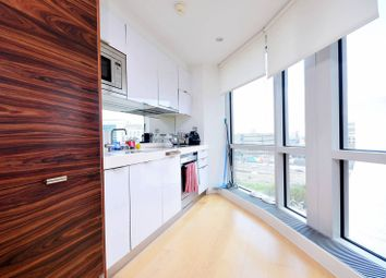 Thumbnail 1 bedroom flat for sale in Ontario Tower, Canary Wharf