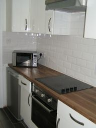 Thumbnail 1 bed flat to rent in 54 Twyford Avenue, Acton