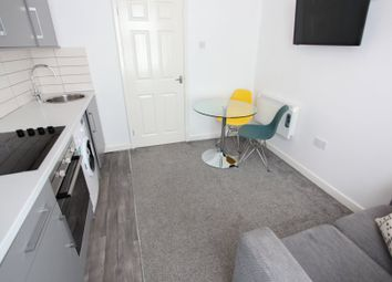 2 bed flat to rent in Fell Street, Liverpool L7