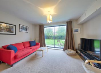 Thumbnail 1 bedroom flat for sale in Hicken Road, London