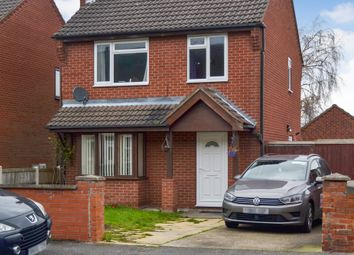 Thumbnail 3 bed detached house for sale in Fairholme Drive, Mansfield