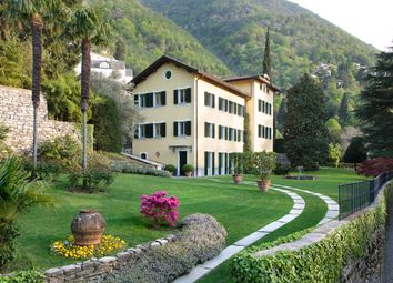 Thumbnail Villa for sale in Lake Como, Lombardy, Italy