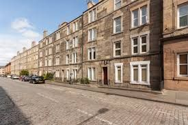 Thumbnail 3 bedroom flat to rent in Downfield Place, Dalry, Edinburgh
