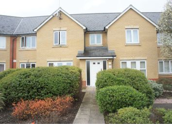 2 bed flat for sale in Nave, Basildon SS15