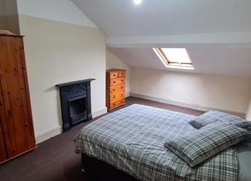 Room to rent in Neville Road, Waterloo, Liverpool L22