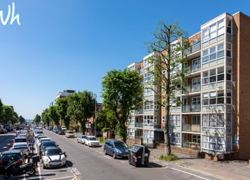Thumbnail 2 bed flat for sale in The Drive, Hove