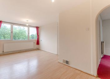 Thumbnail 2 bedroom flat for sale in Ray Lodge Road, Woodford Green