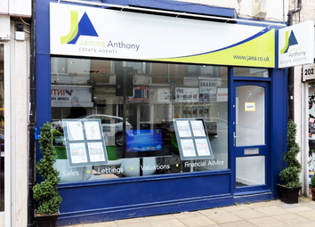 Thumbnail Retail premises to let in Wellingborough Road, Northampton