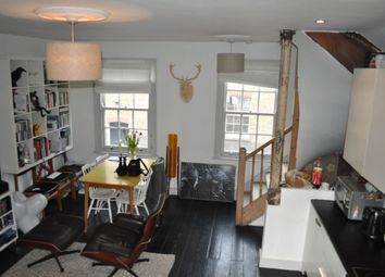 Thumbnail 2 bed flat to rent in Holywell Row, London