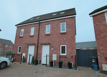 Thumbnail 3 bed town house for sale in Mulberry Road, Cranbrook, Exeter