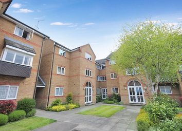 Thumbnail 1 bedroom flat to rent in Braziers Quay, Bishops Stortford, Herts