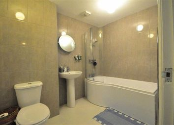 Thumbnail 2 bed flat to rent in Gillbent Road, Cheadle Hulme Cheadle, Cheshire
