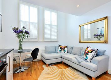 Thumbnail 1 bed flat to rent in Rowfant Road, Balham