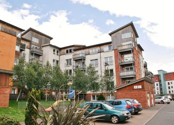 Thumbnail 2 bed flat for sale in 11/7 Albion Gardens, Easter Road, Edinburgh