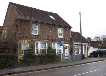 Thumbnail 1 bed flat to rent in Commercial Road, Paddock Wood, Tonbridge