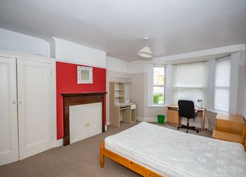 Thumbnail 6 bed shared accommodation to rent in Connaught Avenue, Mannamead, Plymouth