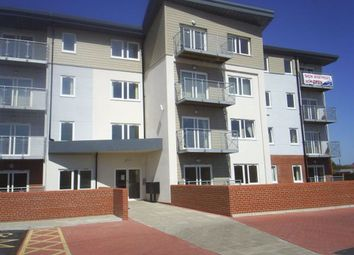 Thumbnail 2 bed flat to rent in Canal Road, Selby