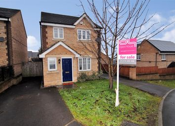 Thumbnail 3 bedroom detached house for sale in Corsair Avenue, Idle, Bradford