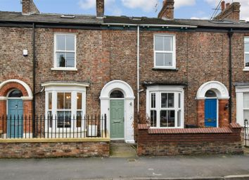 Thumbnail 3 bed town house for sale in Nunthorpe Road, York