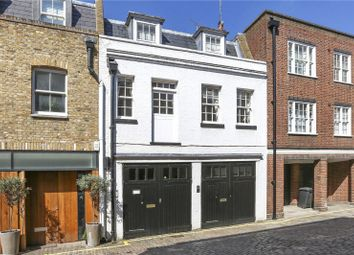 Thumbnail 2 bed mews house to rent in Harley Place, London