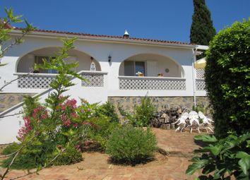 Thumbnail 3 bed villa for sale in Carvoeiro, Lagoa E Carvoeiro, Algarve