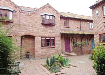 Thumbnail 2 bedroom mews house to rent in Station Road, Great Coates, Grimsby