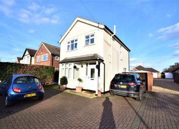 Thumbnail 3 bed detached house to rent in Straight Road, Colchester