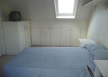 Thumbnail Studio to rent in Babington Road, London