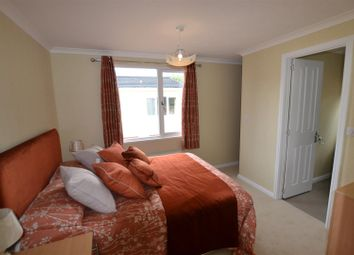 Thumbnail 2 bed mobile/park home for sale in The Grove, Woodside Home Park, Slip End