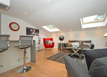 2 bed flat to rent in Montpellier, Cheltenham, Gloucestershire GL50