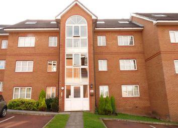 2 bed flat to rent in Broadoaks, Bury BL9