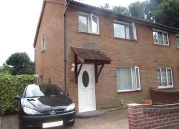 3 bed semi-detached house to rent in The Glade, Fareham PO15