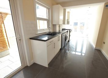Thumbnail 6 bed terraced house to rent in Lopen Road, London