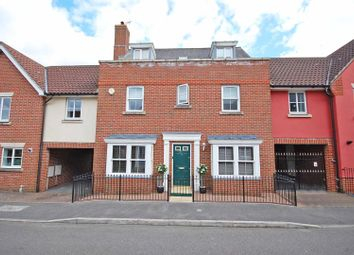 Thumbnail 5 bed link-detached house for sale in Chestnut Avenue, Great Notley, Braintree