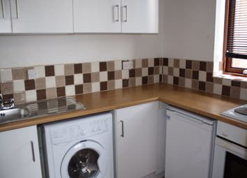 Thumbnail 1 bedroom flat to rent in Tippett Rise, Reading, Berkshire
