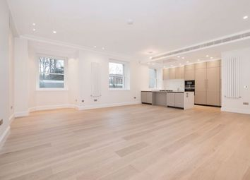 Thumbnail 3 bedroom flat to rent in Arkwright Road, Hampstead