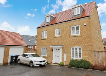 Thumbnail 6 bed detached house for sale in Dunnock Close, Aspen Park, Hertfordshire