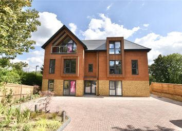 Thumbnail 2 bed flat for sale in Woodcote Grove Road, Coulsdon