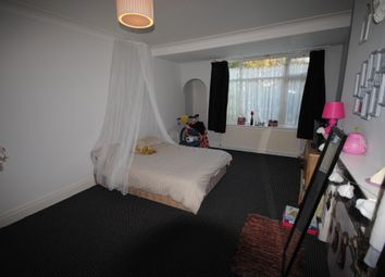 6 bed terraced house to rent in 1 The Turnways, Headingley LS6