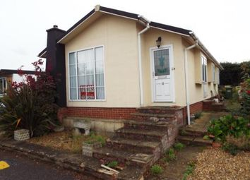 Thumbnail 2 bed mobile/park home for sale in Whipsnade Park Homes, Whipsnade, Dunstable, Bedfordshire