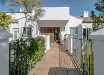 Thumbnail 2 bed apartment for sale in La Quinta Golf, Marbella