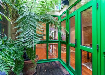 2 bed maisonette for sale in Sussex Close, Sussex Way, London N19
