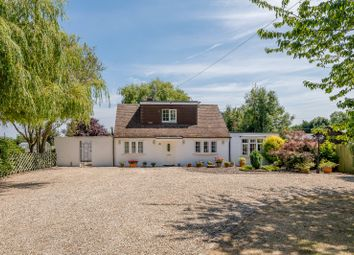 Thumbnail 3 bed detached house for sale in Brawlings Lane, Chalfont St Peter, Buckinghamshire