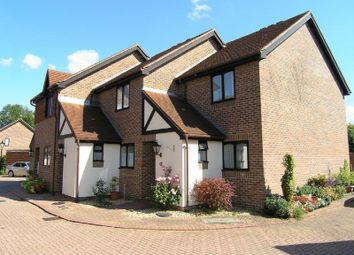 Thumbnail 2 bed cottage for sale in Onslow Mews, Chertsey