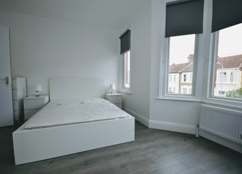 Thumbnail Room to rent in Henley Road, Ilford